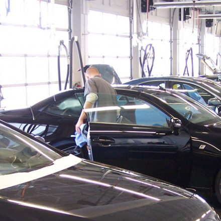 How Auto Reconditioning Can Help Your Automobile