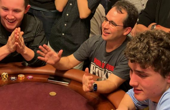 Health And Social Benefits Of Poker