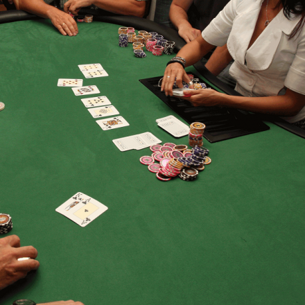 Strategies to play a poker game: